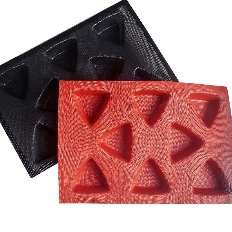 Wholesale Factory Direct FDA Silicone  Triangle Cake Mold 8 Cup